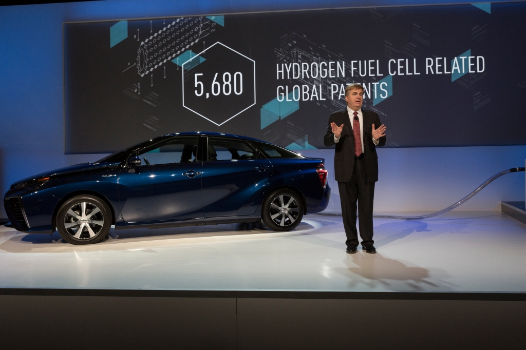 TMS Senior Vice President of Automotive Operations Bob Carter announces access to Toyota's fuel cell patents at the International CES in Las Vegas on Jan. 5, 2015. (Provided by Toyota)