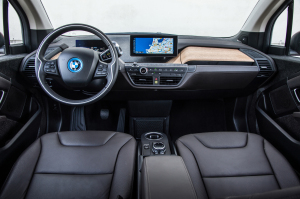 The dashboard of a BMW i3 is shown. (BMW Group)