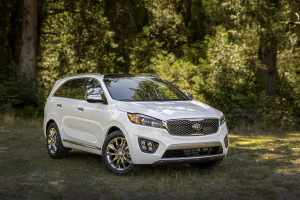 A 2016 Kia Sorento SXL is shown. (Provided by Kia)