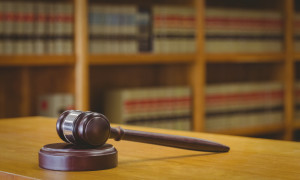 A Florida judge has dismissed Louisiana, Tennessee and Utah auto body shops' cases against insurers despite the repairers' objections, but they'll have the chance to redo most of their arguments later this month. (4774344sean/iStock/Thinkstock)