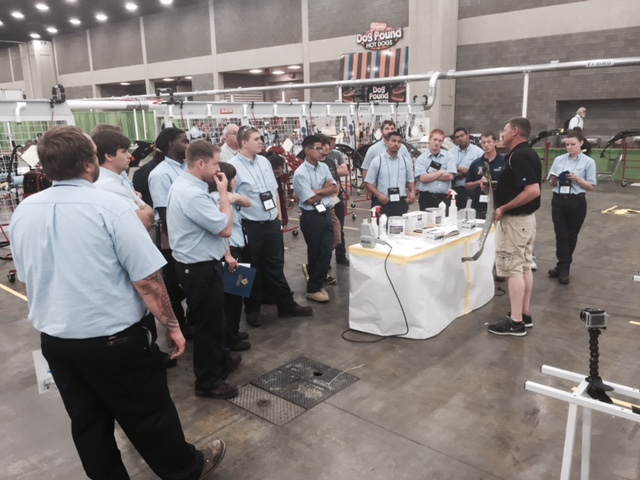 Plastic repair orientation at Skills USA 2015. (Kye Yeung/Society of Collision Repair Specialists)