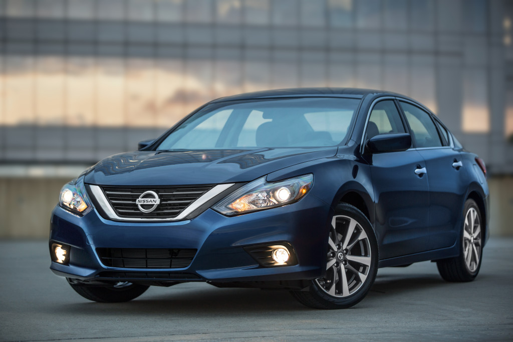 The 2016 Nissan Altima refresh (the SR is shown here) adds more high-strength steel to the A- and B-pillars, which likely means body shops won't be able to wait until the next Altima generation to learn new repair procedures. (Provided by Nissan)