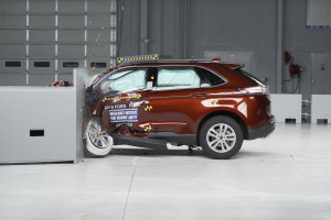 The 2015 Ford Edge was rated a Top Safety Pick by the Insurance Institute of Highway Safety. (Provided by IIHS)