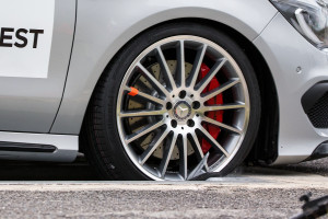 Update Counterfeit Mercedes Wheels Disintegrated At 31 1 Mph