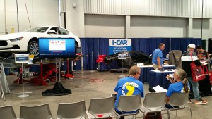 The I-CAR demo booth between courses at SEMA 2015. (John Huetter/Repairer Driven News)