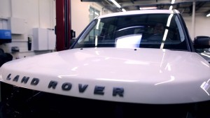 A Catawba County judge recently ruled that a Charlotte, N.C., Chevrolet dealership must pay more than $438,000 in triple damages, attorneys fees and costs following a botched Land Rover LR3 repair. The SUV is shown here in this screenshot from K&M Collision video. (Screenshot from K&M Collision channel on YouTube, www.youtube.com)
