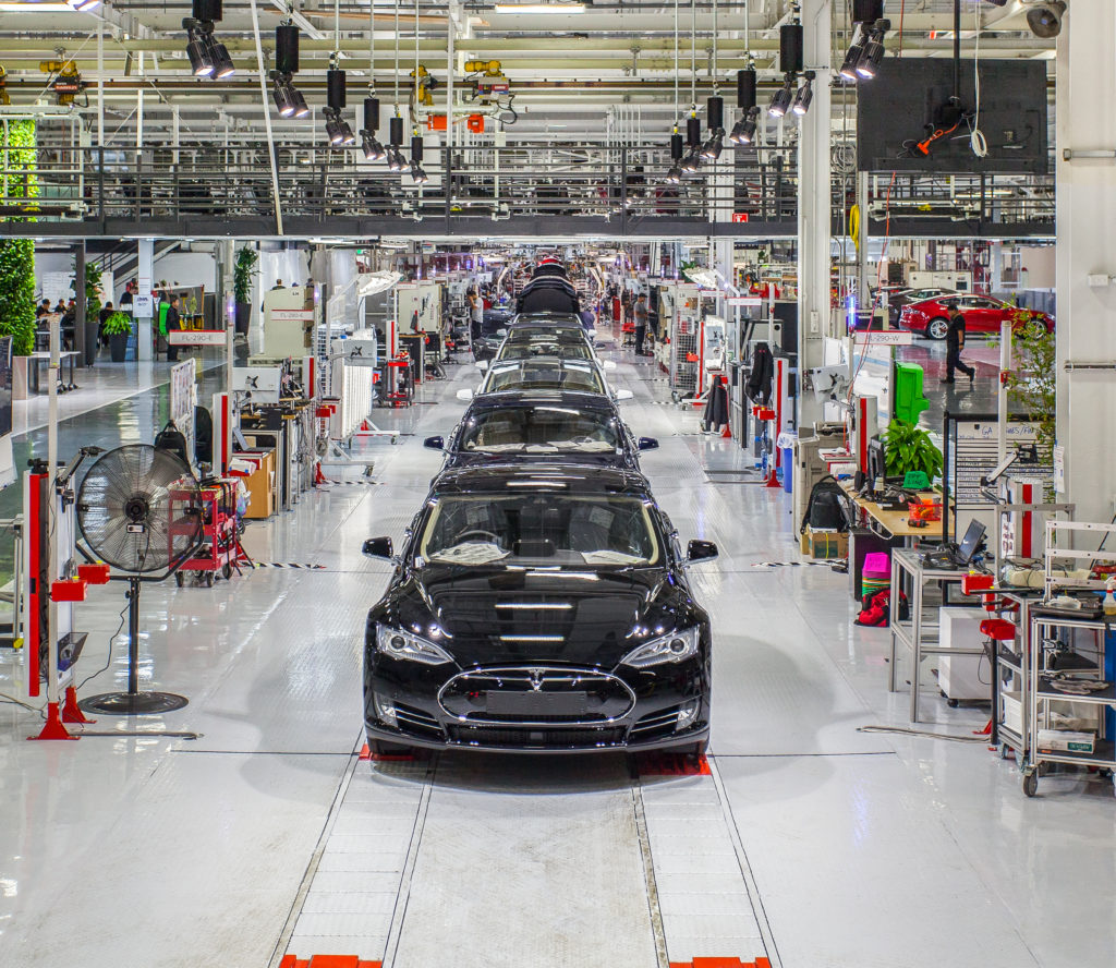 Auto body shops: Changes to Tesla certification training ...