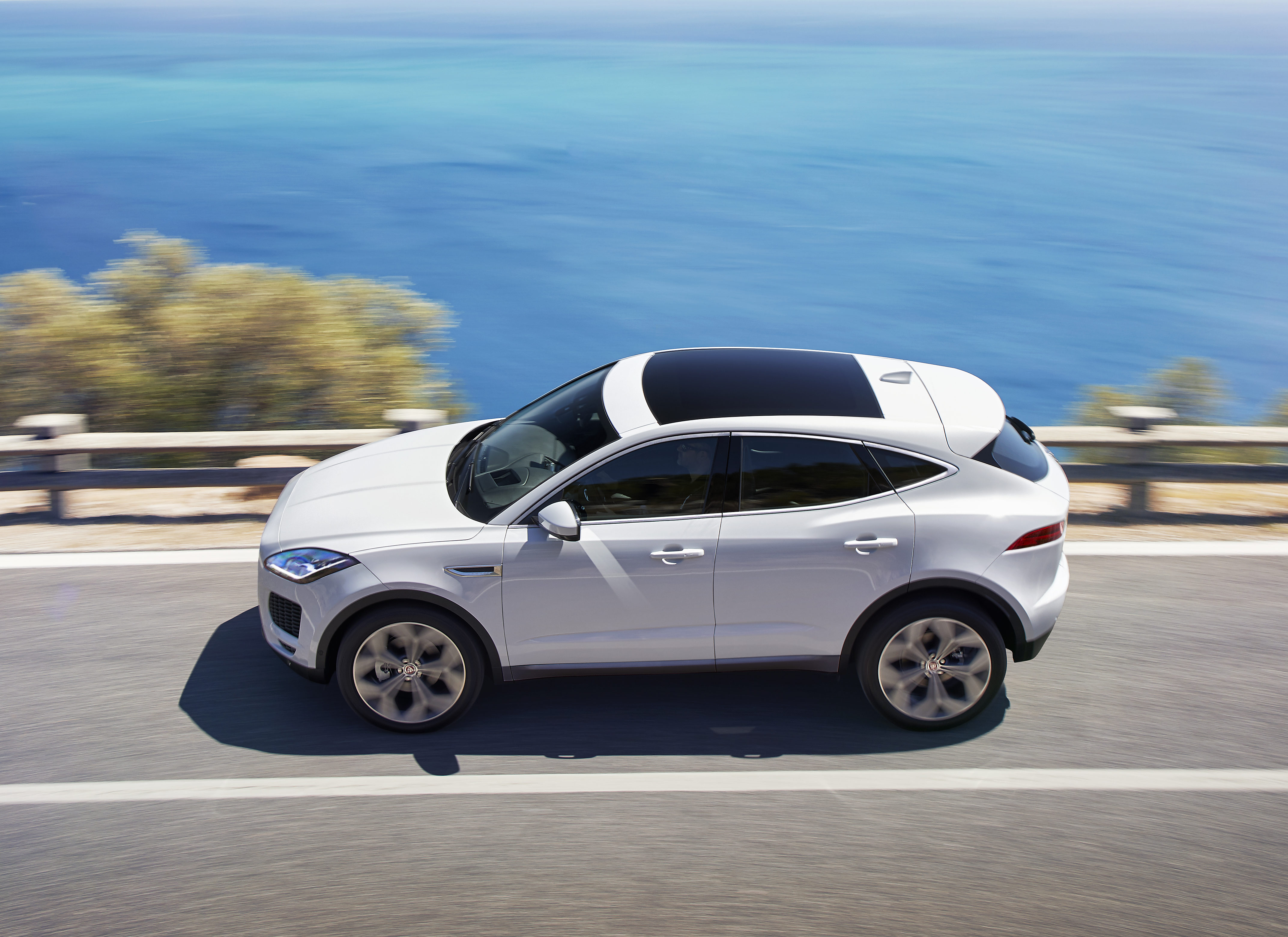completely new jaguar e pace crossover mixes steel aluminum to lightweight exterior repairer. Black Bedroom Furniture Sets. Home Design Ideas