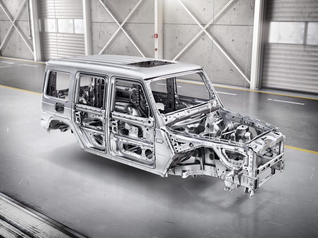 2019 Mercedes G Class Loses 375 Lbs Has Steel Body