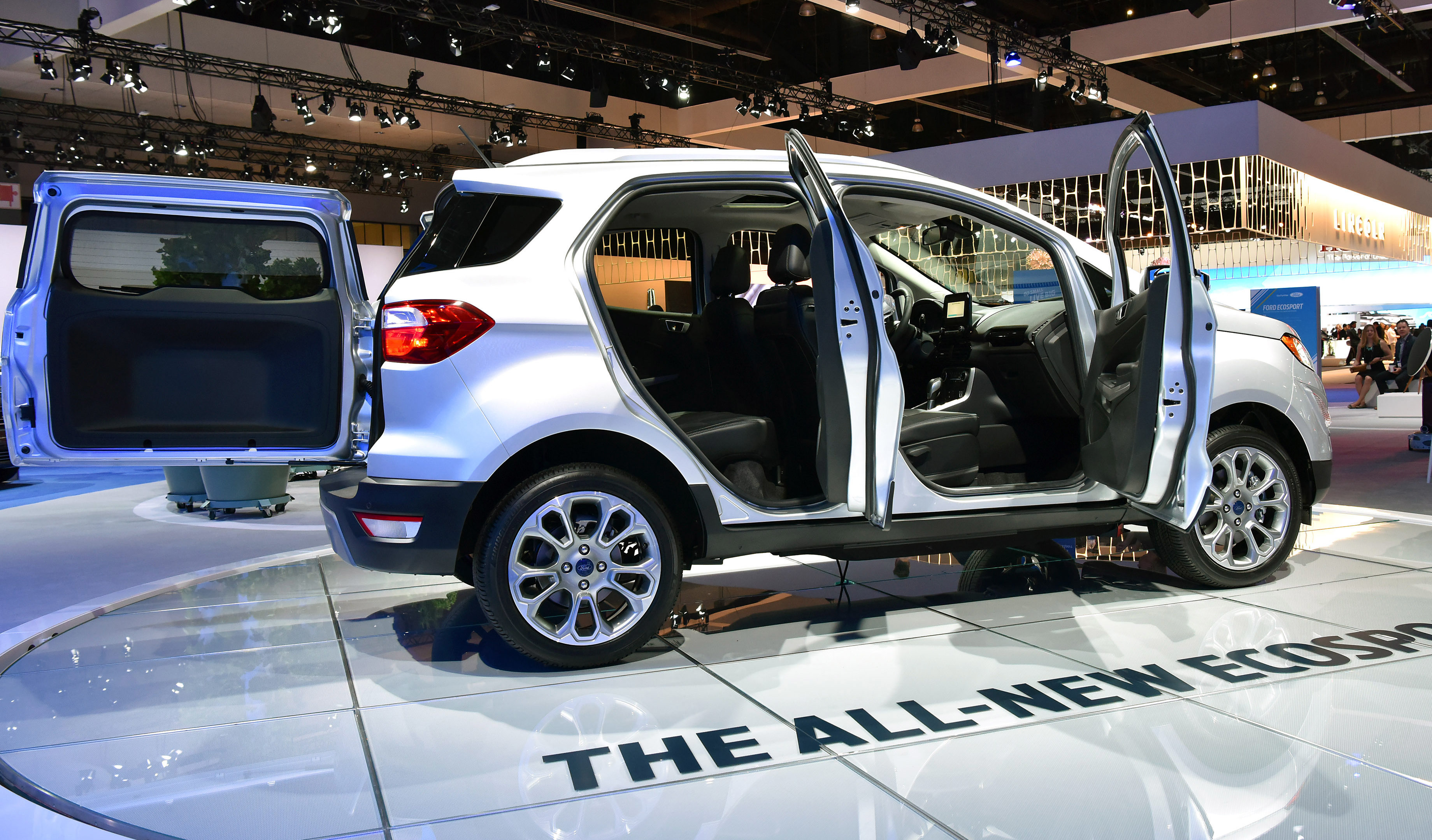 ford on target get a look at steel fender apron replacement on brand new ecosport repairer. Black Bedroom Furniture Sets. Home Design Ideas