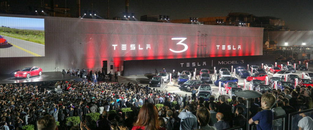Tesla: Company-owned body shops to open this year, could be