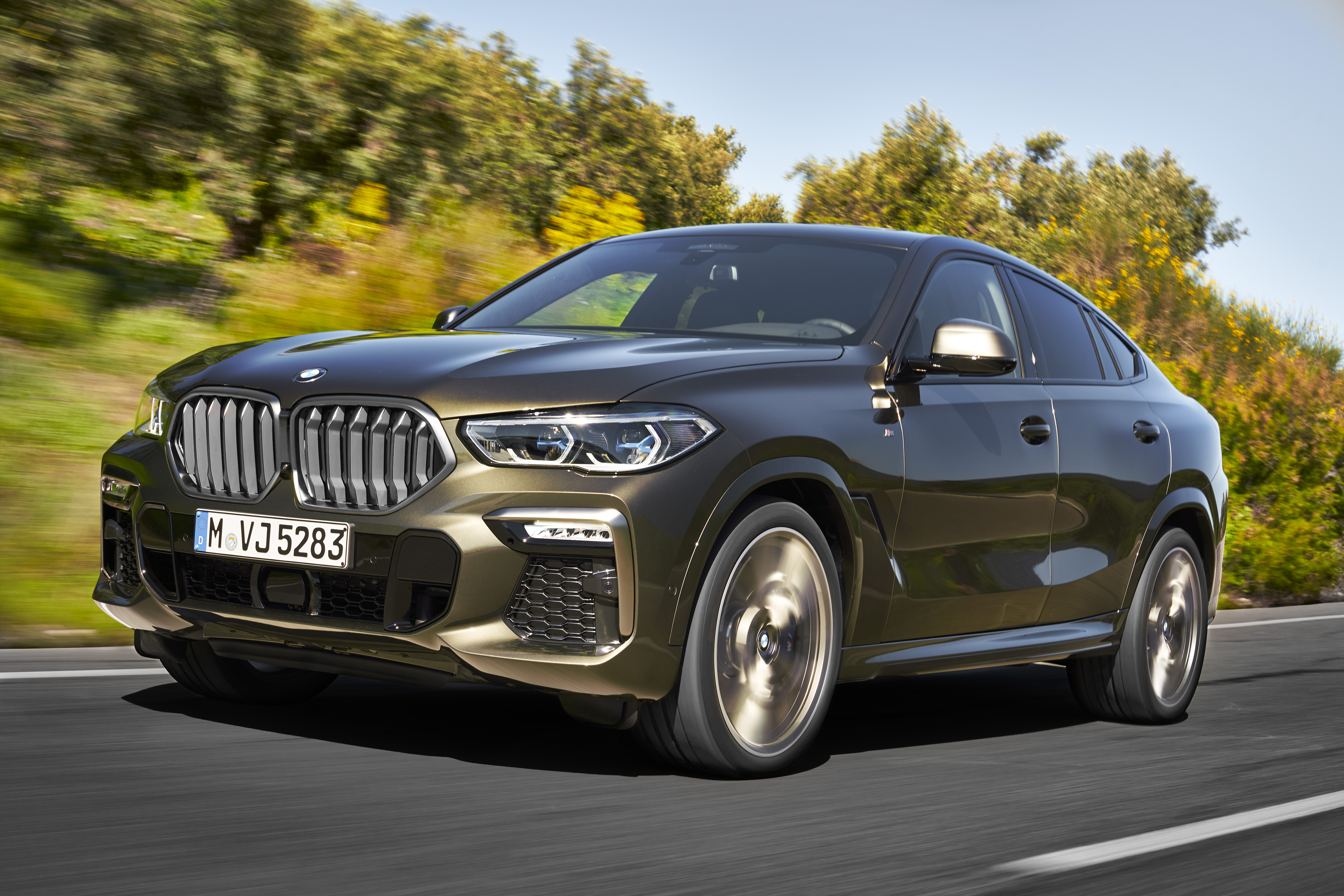 Bmw 2020 X6 Debuts Illuminated Grille Has Active Air Slats Too Repairer Driven Newsrepairer Driven News
